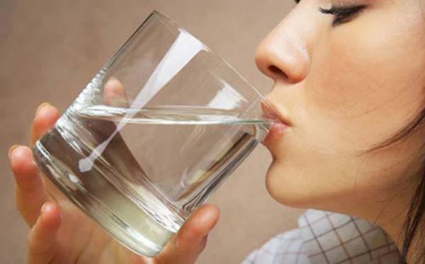 专家向您解答肾炎到底应该多喝水还是少喝水