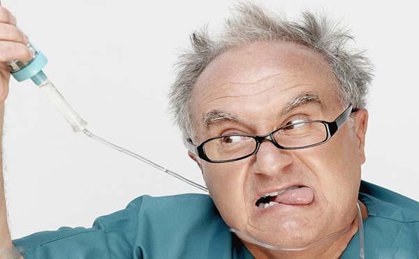 专家解析颈部创伤的症状有哪些