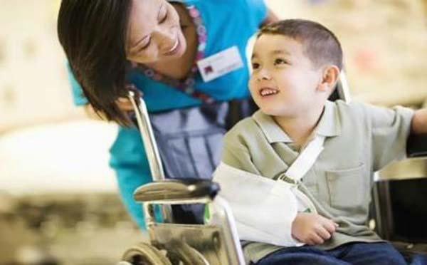 专家为您讲解如何预防小儿骨折